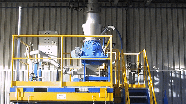 TBMA rotary valves for loading lined containers