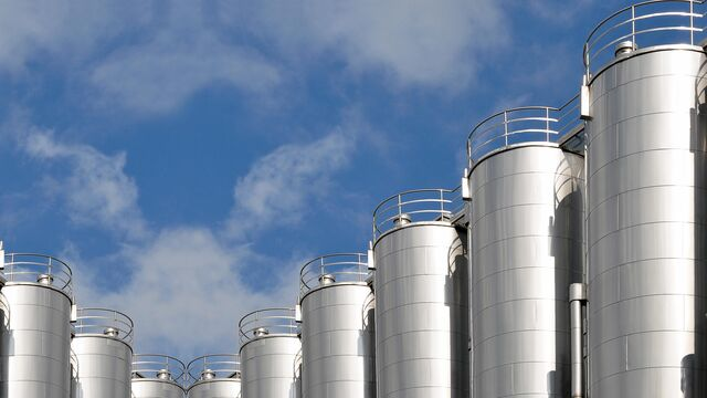 TBMA silo storage and discharge for food and dairy products