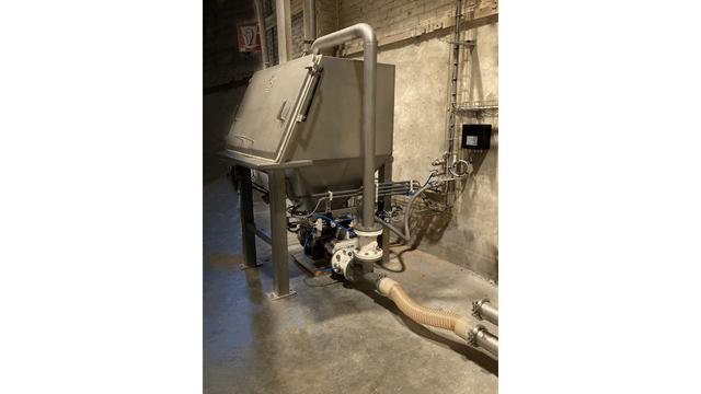 TBMA zakkenstortkabinet met HGR150 doorblaassluis